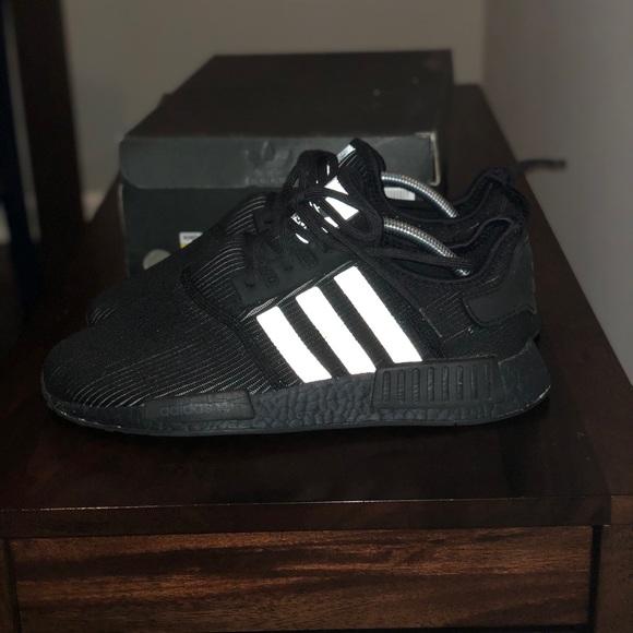 Adidas nmd triple black NWT